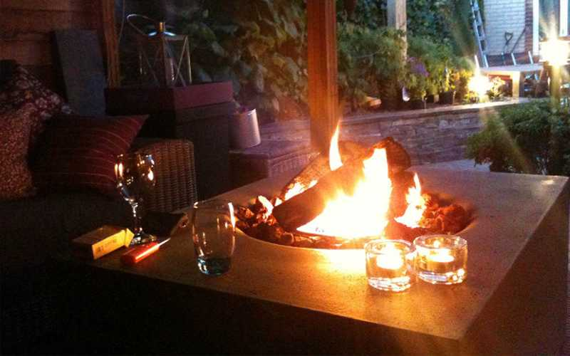 Happy Cocooning Rectangular Gas Fire Pit